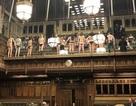 """Nhóm biểu tình khỏa thân """"phá bĩnh"""" phiên tranh luận Brexit trong quốc hội Anh"""