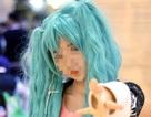 Cô học trò có mái tóc màu xanh và điểm tổng kết 9,2