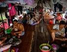 Cuộc sống trên thuyền của người lao động nhập cư tại Hà Nội