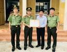 Bộ Công an tặng Bằng khen cho Giám đốc mưu trí bắt cướp