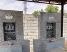 Hàng loạt ngôi mộ bị dán ảnh người phụ nữ lạ mặt