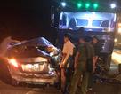 Xe con vượt ẩu, 5 người ngồi trong xe thương vong