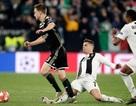 C.Ronaldo chia tay Champions League bằng pha phạm lỗi thô bạo