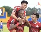 CLB TPHCM tiếp tục dẫn đầu bảng V-League