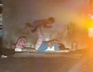 Bức ảnh về hai mẹ con vô gia cư làm lay động trái tim cư dân mạng