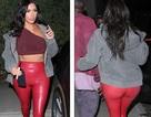 Kim Kardashian khoe dáng nảy nở với quần đỏ ôm sát