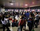 Bến xe Hà Nội đông nghịt người dân về quê nghỉ lễ