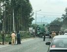 Xe khách đối đầu xe đầu kéo, 5 người thương vong