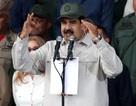 Tổng thống Venezuela tuyên bố không bỏ trốn sang Cuba