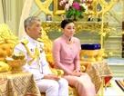 Quốc vương Thái Lan kết hôn với nữ tướng ngay trước lễ đăng cơ