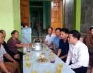 Sở GD&ĐT Nghệ An thăm hỏi, động viên gia đình 3 học sinh bị đuối nước