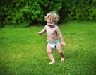 Lưu ý chọn đồ mặc cho con khi vào hè