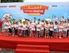 Hơn 1300 người chạy dưới mưa, góp tiền đồng hành cùng báo Dân trí xây trường tặng các em học sinh dân tộc tại Lai Châu
