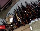 Đột kích một căn nhà, cảnh sát Mỹ phát hiện hơn 1.000 khẩu súng