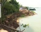 Kè chống sạt lở dọc sông Tiền bỗng sạt lở khi đang thi công