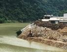 Đơn vị đổ hàng nghìn khối đá lấn sông đã nhiều lần bị xử phạt