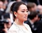 Củng Lợi tay trong tay với bạn trai 71 tuổi tại Cannes