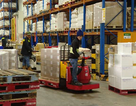 Lương ngành logistics hàng nghìn USD mỗi tháng vẫn khó tuyển người