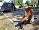 Xe Audi Q7 bị xé đôi sau tai nạn, tài xế bình an vô sự