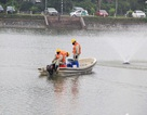 """Chế phẩm Redoxy-3C """"cứu"""" 87 hồ ở Hà Nội?"""