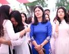 Nghẹn ngào phút chia tay của thầy trò trường Việt Đức