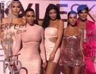 Kylie Jenner bốc lửa ra mắt mỹ phẩm mới