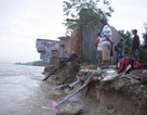 """Lo biển """"nuốt"""" nhà dân, Quảng Ngãi xin Thủ tướng duyệt hỗ trợ 233 tỷ đồng"""