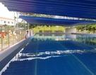 Hồ bơi đầu tiên trong trường học ở Nha Trang dạy bơi dịp hè