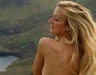 Nữ du khách lo lắng vì mất camera chứa kho ảnh ngực trần