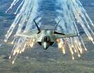 """Soi sức mạnh của siêu tiêm kích """"chim ăn thịt"""" F-22"""