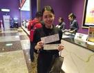 Người dân Thái Lan trật tự xếp hàng mua vé xem King's Cup