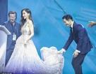 Huỳnh Hiểu Minh nâng váy cho Angelababy, đập tan tin đồn ly hôn