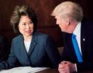 """Bộ trưởng Mỹ bị đưa vào """"tầm ngắm"""" vì mối quan hệ khả nghi với Trung Quốc"""