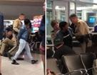 Nữ hành khách bị bắt giữ vì... phàn nàn ghế máy bay bẩn