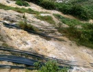 Vụ một người mắc kẹt nhiều ngày trong hang đá: Nước lũ dâng cao, cứu hộ bế tắc