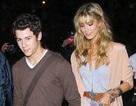 Nick Jonas luôn ngưỡng mộ bạn gái cũ