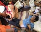 Cứu ngư dân bị dây tời neo quấn vào chân, nghi gãy xương ống chân