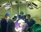 """Lần đầu Việt Nam ứng dụng vật liệu mới, bệnh nhân thoát nỗi ám ảnh mổ lại """"rút đinh"""" sau phẫu thuật"""
