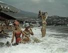 Ảnh hiếm về các hoạt động giải trí của giới trẻ Liên Xô trên bãi biển