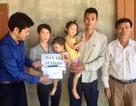 Bạn đọc Báo Dân trí hỗ trợ 2 bé nguy cơ mù vĩnh viễn ở Hà Tĩnh hơn 64 triệu đồng