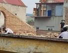 Vụ phạt học sinh đẽo gạch trên mái nhà giữa trời nắng nóng: Kỉ luật giáo viên