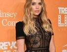 Ashley Benson diện váy xuyên thấu khoe ngực khủng