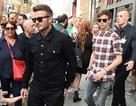 David Beckham trẻ trung bên con trai Romeo