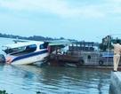 Ca nô tông vào ghe trên sông Vàm Cỏ, 1 phụ nữ tử vong