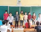 ĐH Mở Hà Nội tặng luôn 50 triệu đồng tới thí sinh nghèo trong buổi làm thủ tục dự thi