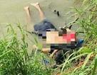 """Mỹ tranh cãi nảy lửa vì bức ảnh """"sốc"""" chụp cha con di dân chết đuối úp mặt"""