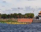 """Hơn 200 vận động viên thi tài đua thuyền trên """"dòng sông thiêng"""" Thạch Hãn"""