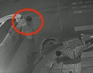Vụ tài xế taxi bỏ mặc đôi nam nữ nằm thoi thóp: Có thể khởi tố vụ án
