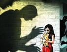 """""""Vá lỗ hổng"""" trong ngăn chặn xâm hại tình dục học đường"""