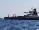 Anh bắt siêu tàu chở dầu Iran theo yêu cầu của Mỹ, Tehran nổi giận